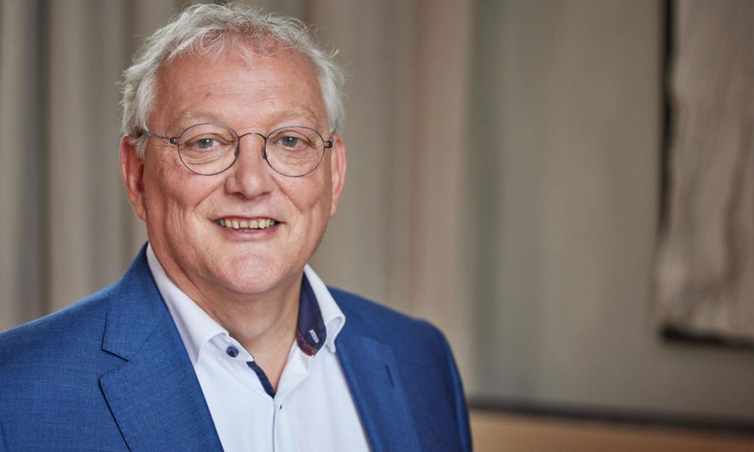 Gerard van olphen header website