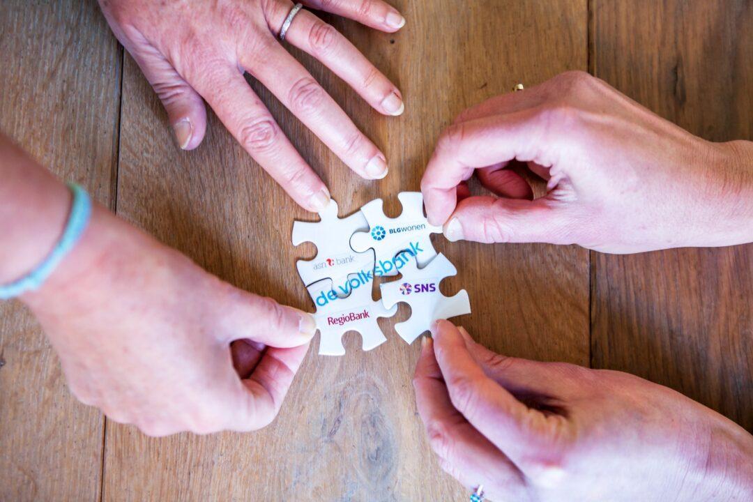 Van waarde voor iedereen home website puzzelstukjes de 4 merken